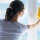 kozijnen schoonmaken - onderhoudsarm - vandervlugt Velserbroek - kozijnen en zonwering