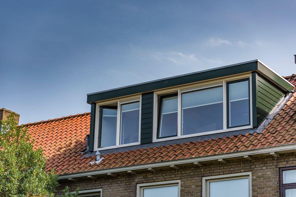 Meer woonruimte met een dakkapel - Van der Vlugt Velserbroek - Kozijnen en Zonwering