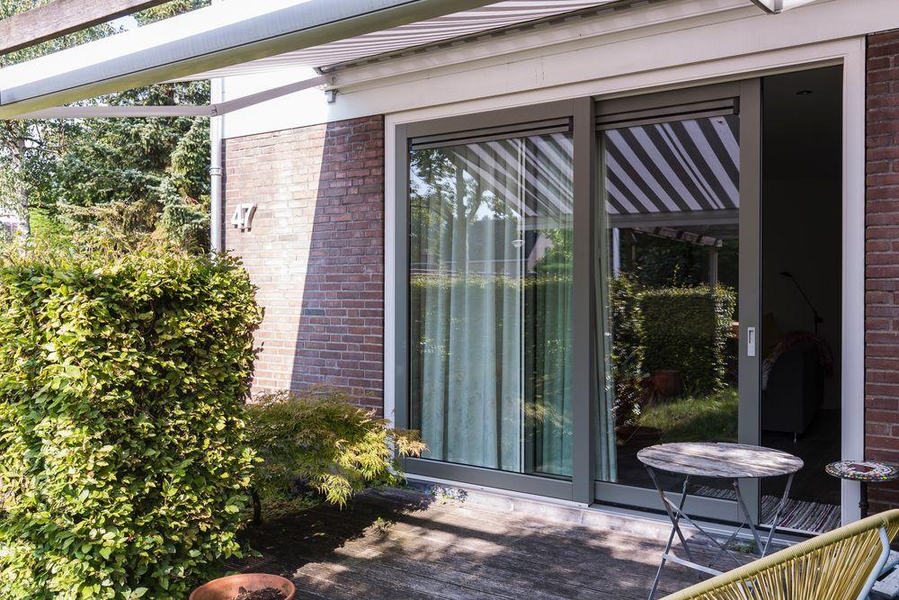 Schuifpui antraciet - Van der Vlugt Velserbroek - Kozijnen en Zonwering